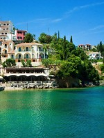 Today, Syvota village is a well-developed resort, owing largely to the numerous pristine beaches with clear waters located on several islets