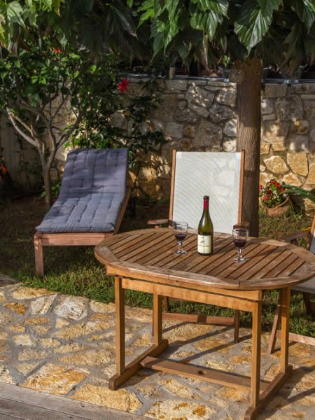 Aloe is a self catering villa for rent, with a swimming pool and a view to the Ionian sea at a close distance, in Sivota village, Thesprotia, Greece. Both Aktion - Preveza and Corfu airports are less than an hour and a half away!